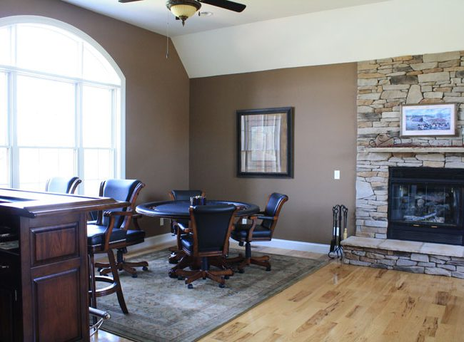 Fireplace, Bar, Game Room